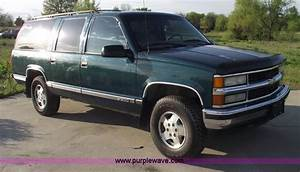 1997 Chevrolet Suburban Photos  Informations  Articles