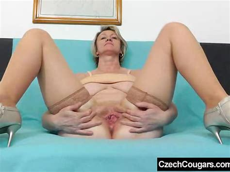 Blonde Amateur Mom Solo In Stockings Free Porn Videos