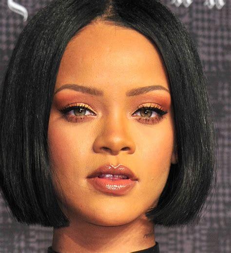 Rihanna Is Launching Her Own Makeup Line Beautygeeks
