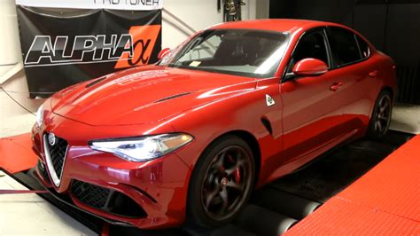 How Much Is An Alfa Romeo by Here S How Much Power The Alfa Romeo Giulia Quadrifoglio