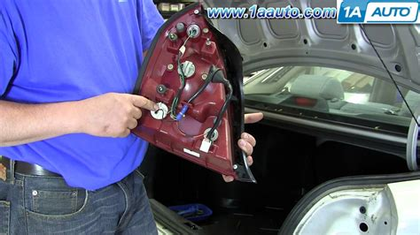 how to install replace change taillight and bulb 2001 06