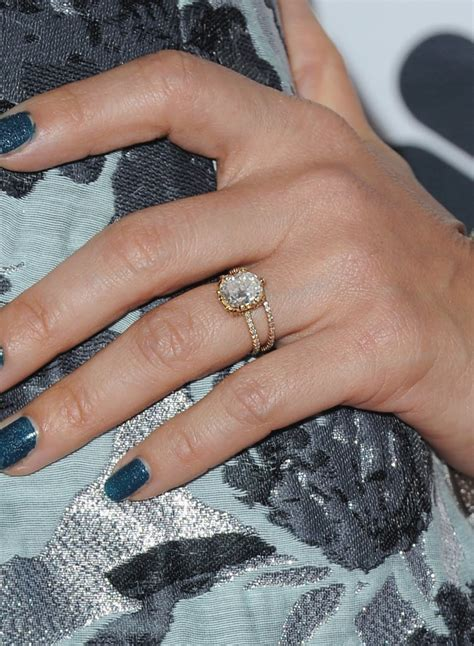 s ring engagement rings pictures popsugar photo 3
