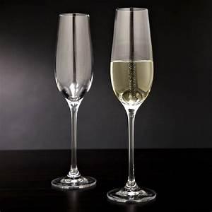 Flute A Champagne : forever bubbling champagne flutes the green head ~ Teatrodelosmanantiales.com Idées de Décoration
