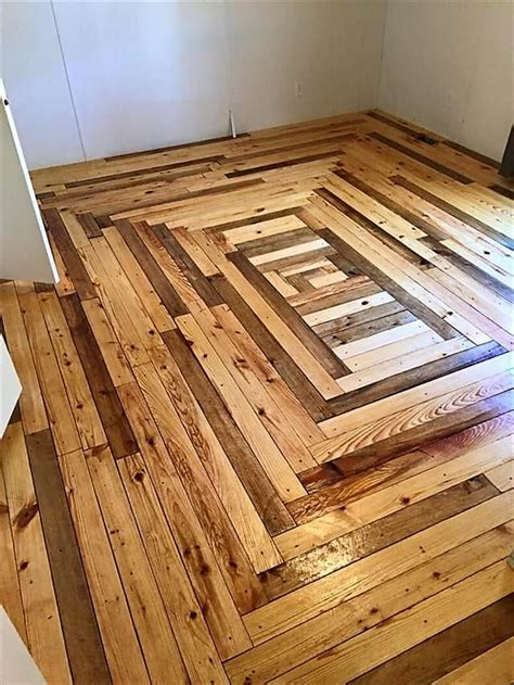 Flur Diy by Creative Home Flooring Ideas With Reused Pallets Diy Motive