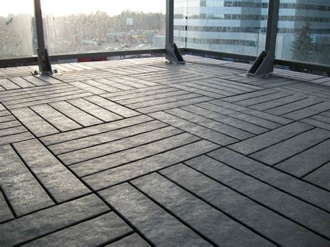 decking authentic appearance  composite deck tiles