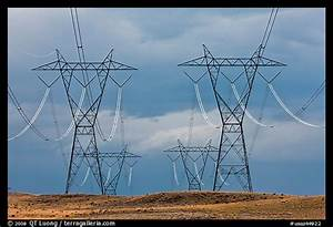 Picture/Photo: High voltage power lines. Arizona, USA