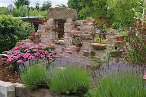 Ich Suche Garten : dachziegel recycling google suche mauern z une sichtschutz pinterest ruins love the ~ Whattoseeinmadrid.com Haus und Dekorationen