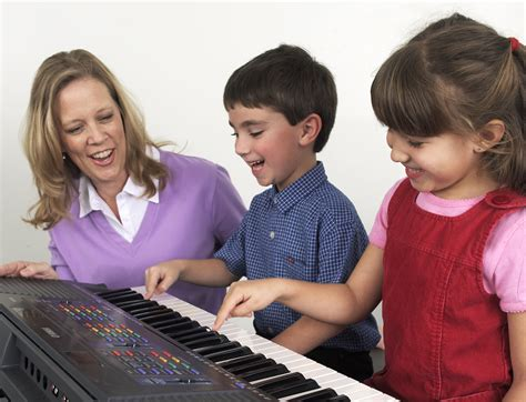 Music institute of chicago musikgarten classes build fundamental music skills by revisiting songs, stories and dances from session to session. Junior Music Course (4 - 5) - Yamaha Music School