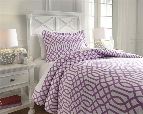 Loomis Lavender Twin Comforter Set From Ashley (q758021t