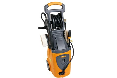 halfords hp2800 pressure washers tested auto express