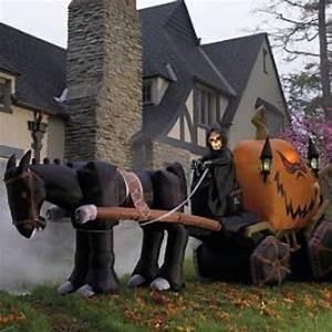Dani Loves Halloween Outdoor Decoration Ideas