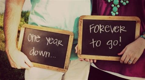 Amazing Gift Ideas For First Wedding Anniversary
