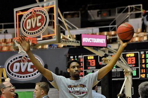 Apsu Governors Basketball Beats Martin Skyhawks