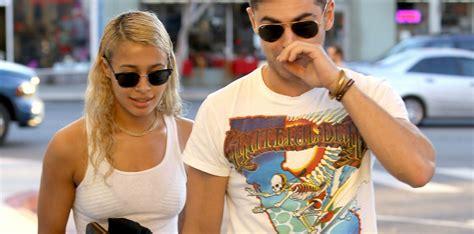 Zac Efron : Le beau gosse, amoureux, soutient sa chérie ...