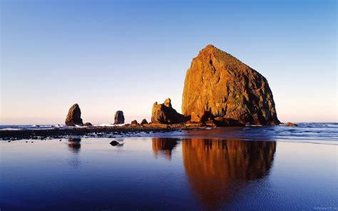 cannon beach oregon 671778 walldevil