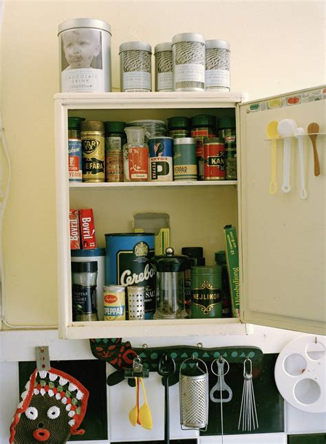 how to organize your kitchen cupboards organize your kitchen cabinets 8781