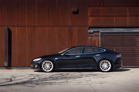Tesla Model X Archives