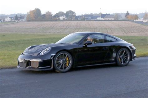 Transmission number codes 924 turbo 087/3 rk automatic europe. Porsche's naturally-aspirated, manual transmission 911 R ...