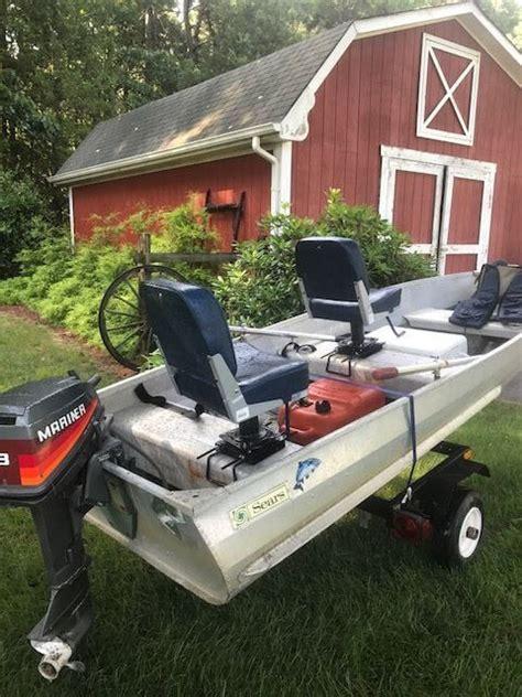 boat  foot aluminum sears  horse mariner  trailer