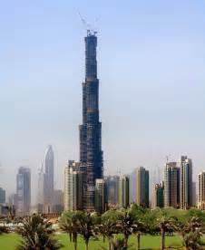 Infinity Tower - Twisting Dubai Skyscraper - e-architect