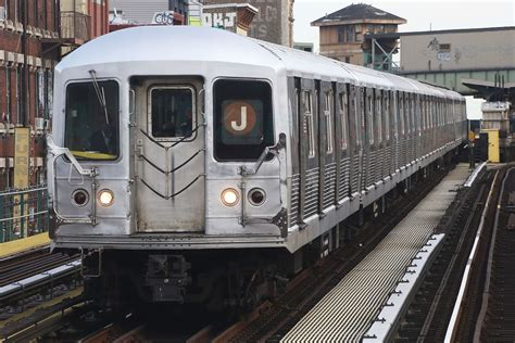 R42 (new York City Subway Car)  Wikipedia