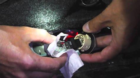 change brake light bulb  toyota solara