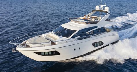absolute  fly power motoryacht