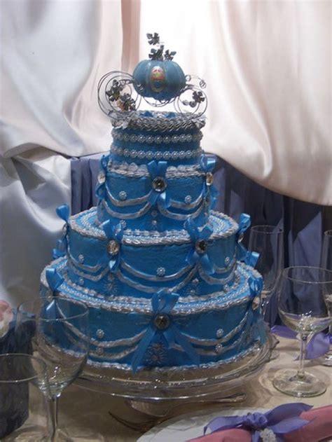 Wedding Cakes Pictures: Cinderella Wedding Cakes