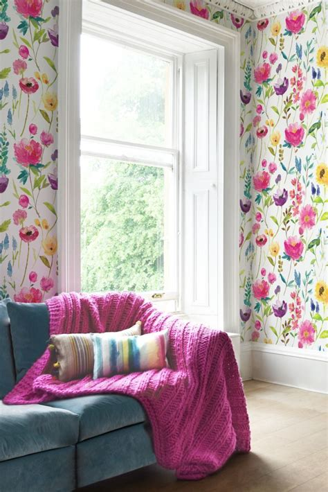 ways  add  floral flair   home