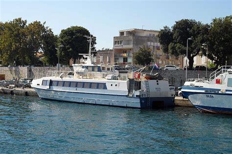 Catamaran Zadar Sali by Bilder F 228 Hren Katamaranen Und Linienschiffen Seite