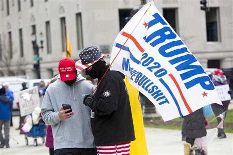 militia groups  protesting