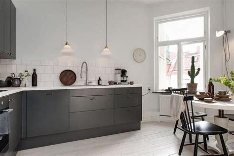 Scandinavian Interior_charcoal Gray Kitchen Cabinets_3