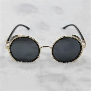 black mardi gras steunk glasses gold gray with side shields