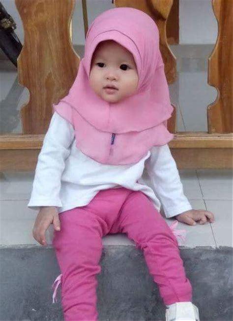 model jilbab wisuda anak sma  model kebaya wisuda hijab modern cantik favorit mahasiswi