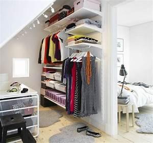 Begehbarer Kleiderschrank Dachgeschoss : die 25 besten eckkleiderschrank ideen auf pinterest m bel f r kleine wohnungen garderoben ~ Sanjose-hotels-ca.com Haus und Dekorationen