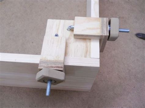 images  diy clamps  pinterest homemade woodworking plans  welding table