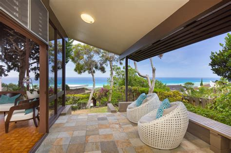 Waialae Iki Honolulu Home On Rim Lot, With Ocean Views And