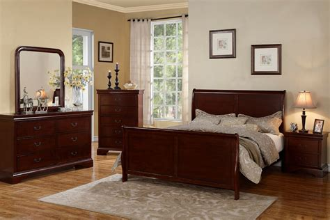 Cherry Wood Bedroom Set by Traditional Style Cherry Wood Beds Dresser King