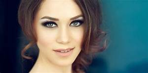 Mettre Twitter En Noir : maquillage de soir e yeux verts mettre en valeur le regard femme actuelle ~ Medecine-chirurgie-esthetiques.com Avis de Voitures