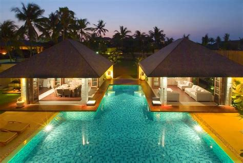 The Top Luxury Swimming  Infinity Pools From Around The