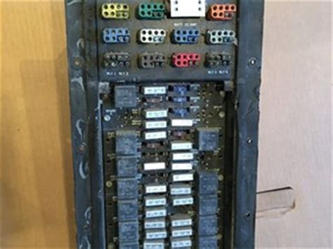 Kw T800 Fuse Box by Kenworth Wiring Harnesses Cab And Dash Parts Tpi