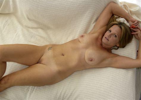 Gilf Porn 131347 Hot American Milf Gilf Great Legs 4 8yj