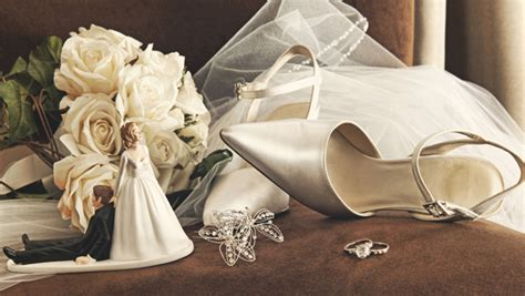 tips  planning  beautiful wedding   shoestring