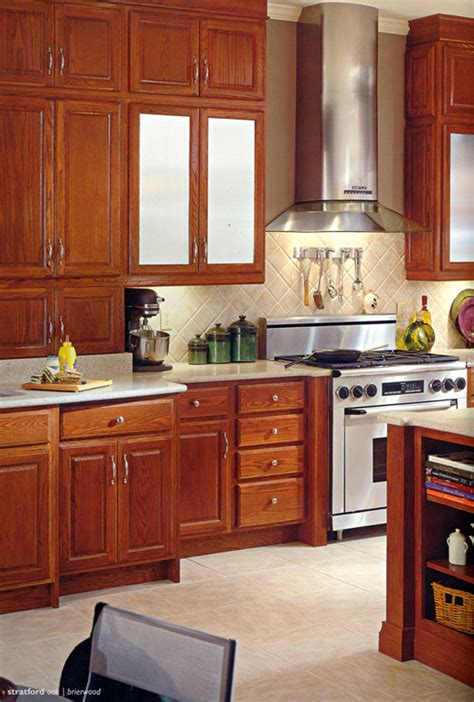 photos of kitchens with oak cabinets stratford oak columbia kitchens of maryland inc 9090