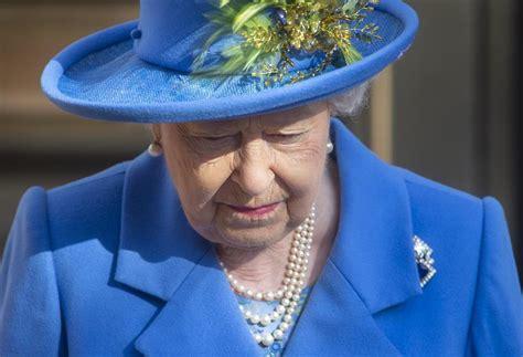Reina Isabel II será una de las primeras en vacunarse ...