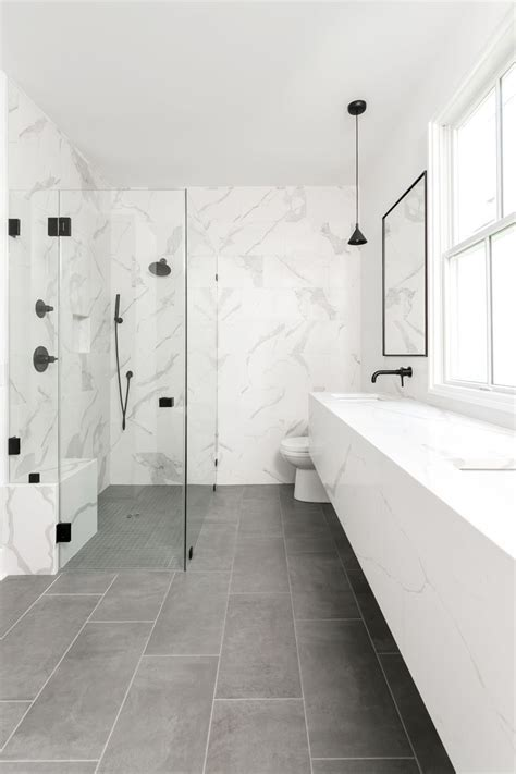 modern bathroom  quartz floating vanity matte black