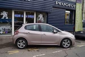 Peugeot 208 Allure Occasion : occasion peugeot 208 allure 1 6 e hdi 92 ch 5 portes ~ Gottalentnigeria.com Avis de Voitures