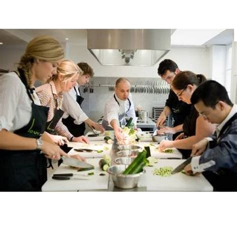 cuisine grand chef stage de cuisine avec un grand chef table de cuisine