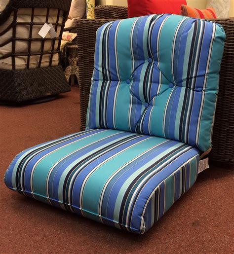 lloyd flanders closeout chair cushions grand traverse