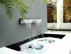 decoration de jardin avec une fontaine pour bassin With salle de bain design avec fontaine a eau d interieur décorative